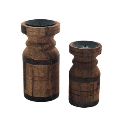 Rechte houten Kandelaren