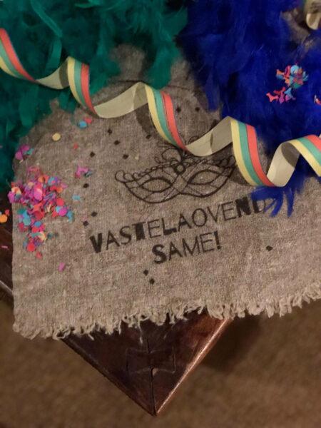 carnaval shabby doek vastelaovend masker