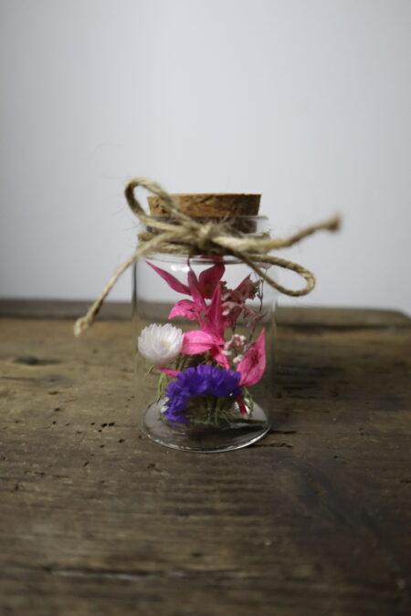 Droogbloemen in glazen buis #11