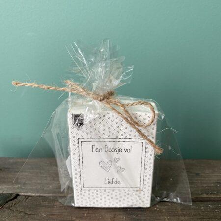 een doosje vol liefde - soap in a box