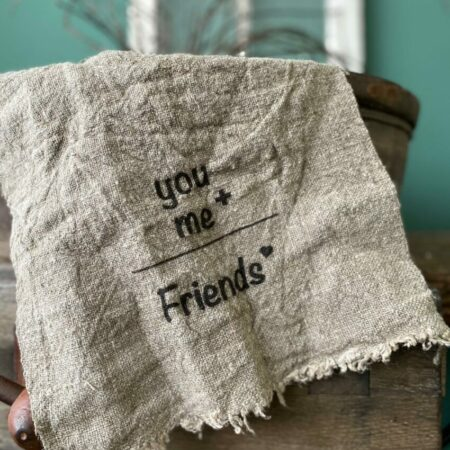 Shabby doek 'You + Me = Friends'